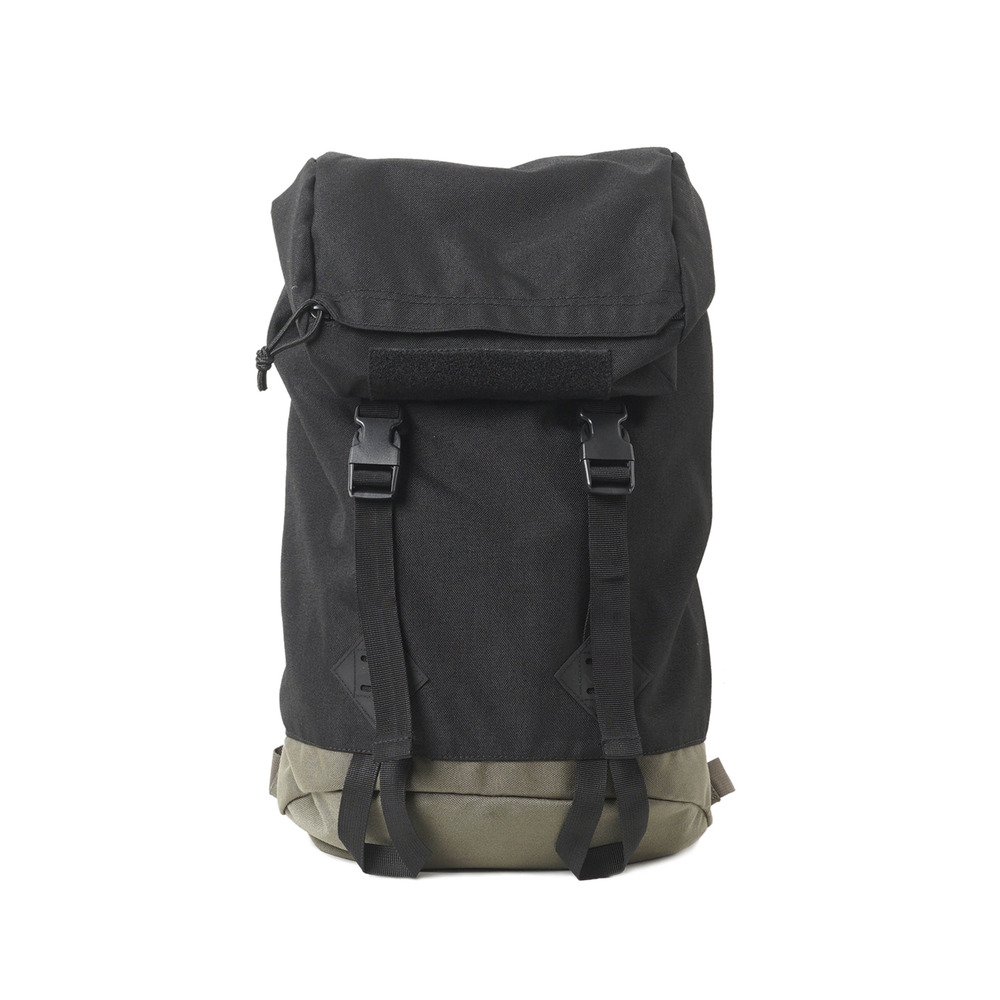 GB0368 Backpack 'Black'